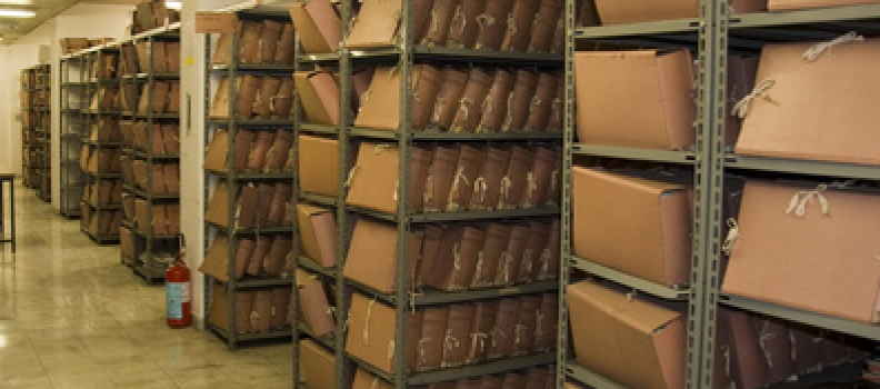 Prowadzenie składnicy akt w placówce oświatowej – porządkowanie, archiwizowanie i ewidencjonowanie dokumentacji